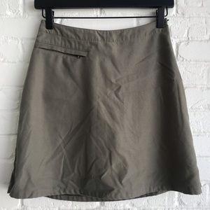 Patagonia tan skort / skirt small sZ 2